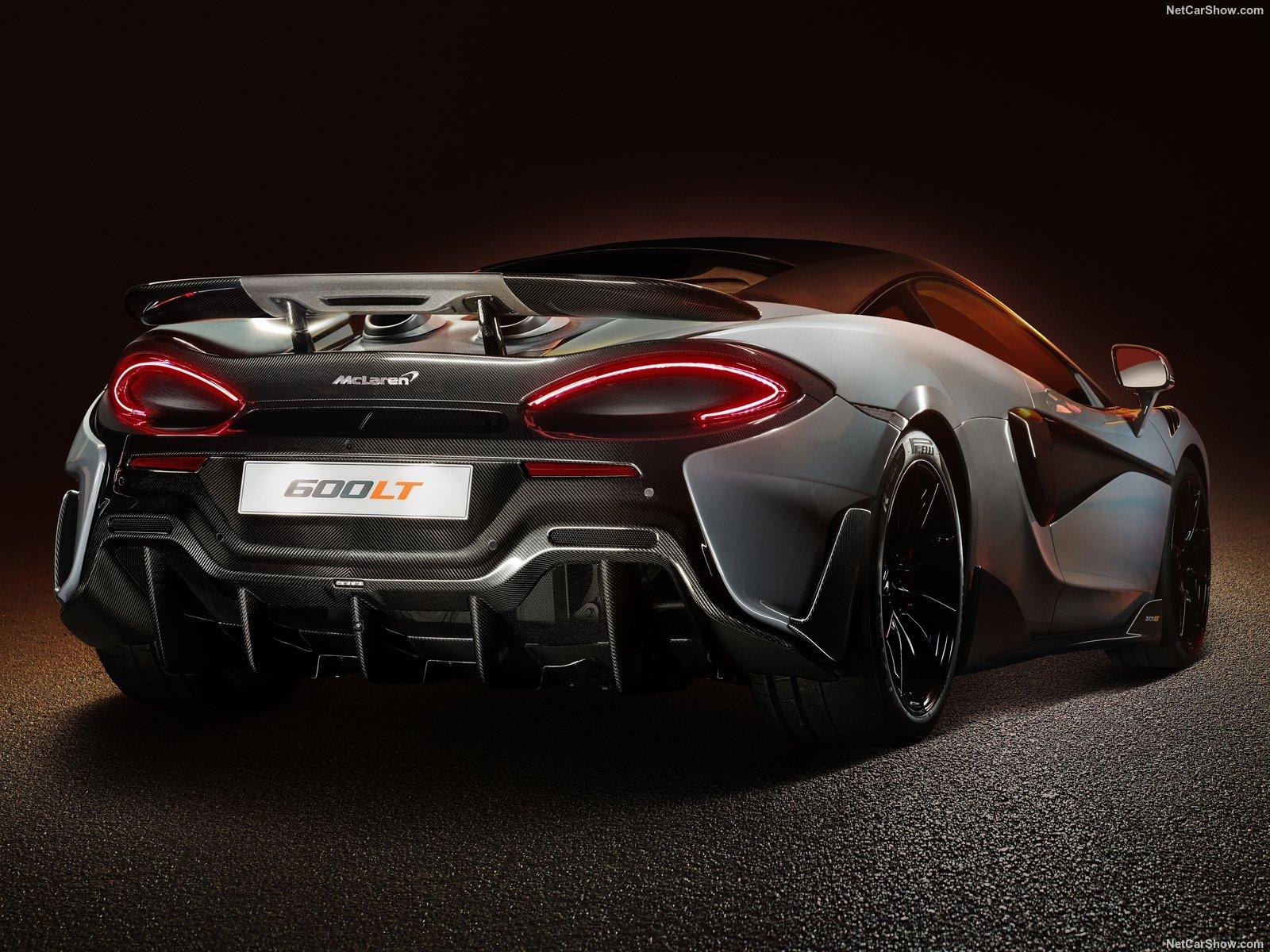 McLaren 600LT con diffusore in fibra di carbonio