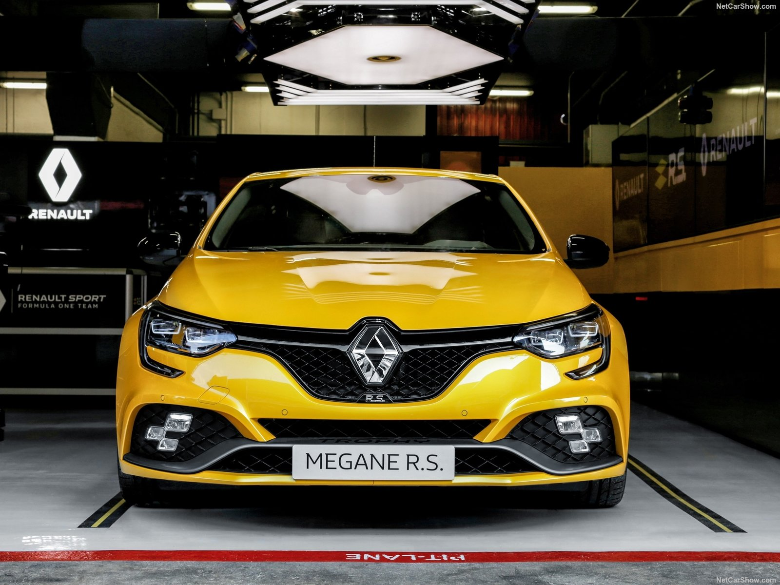 Volante sportivo Renault Megane RS Trophy