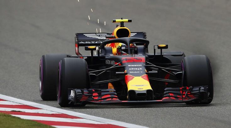 Max Verstappen con problemi ai freni nel Gran Premio di Cina di Formula 1