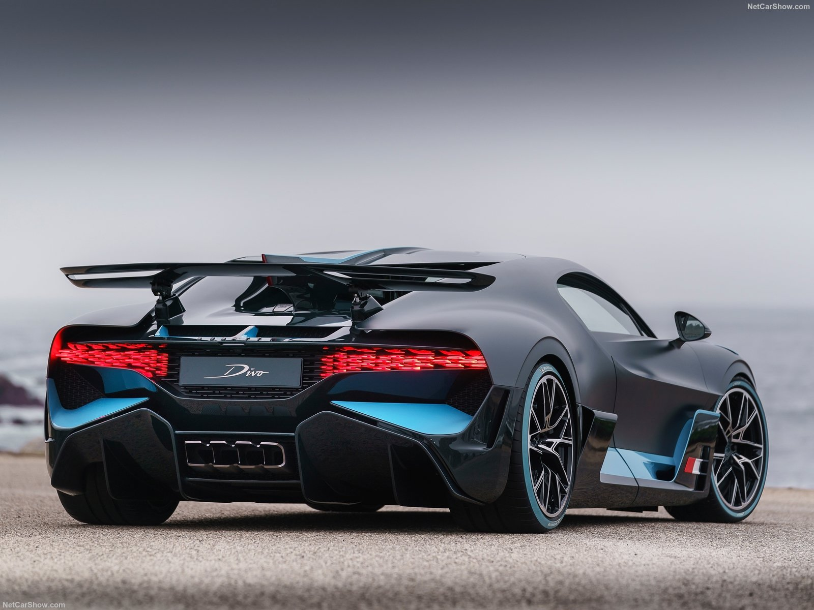 Bugatti Divo: nuova serie speciale in 40 esemplari