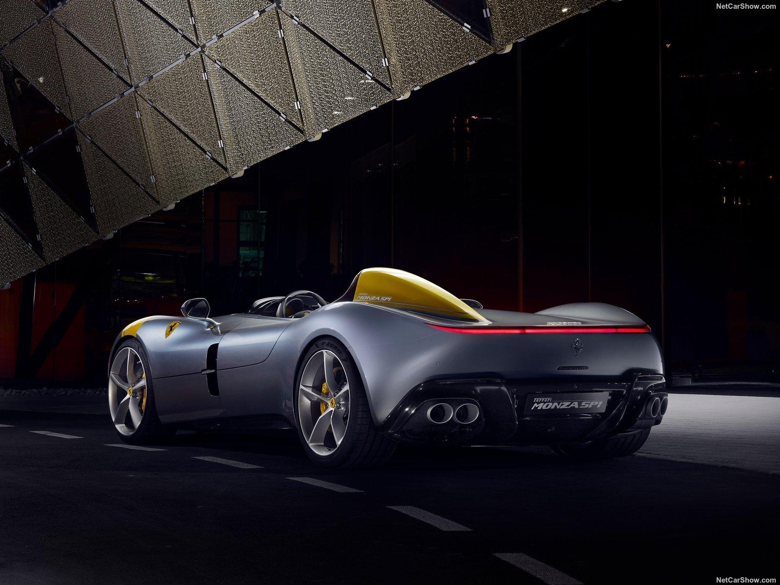 Ferrari Monza SP1 e SP2: le barchette del futuro