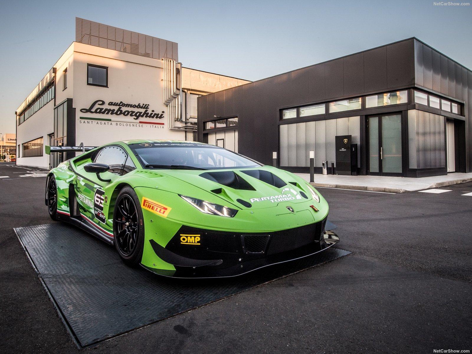 Lamborghini Huracan GT3 EVO: la nuova bestia da pista