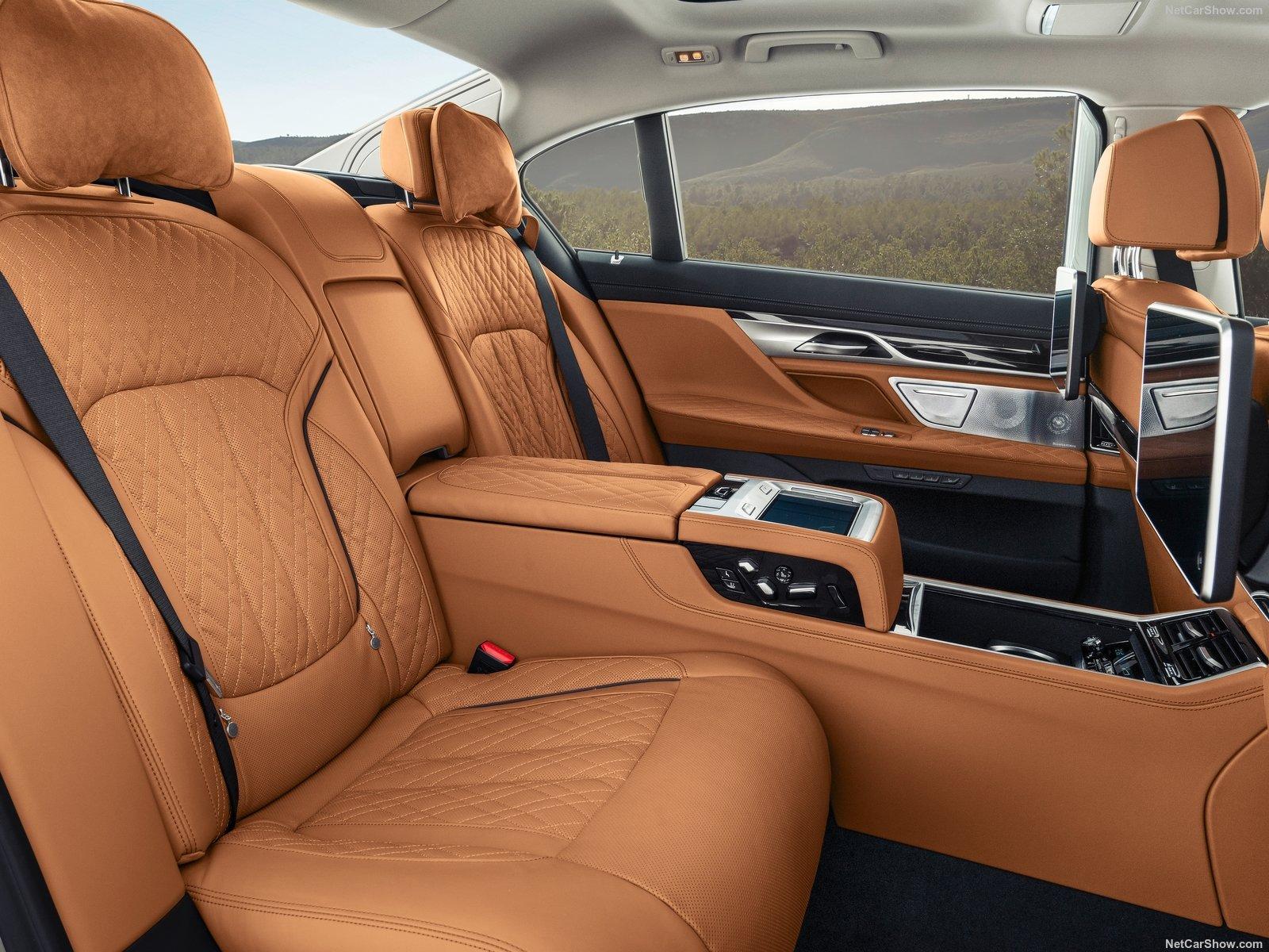 Nuova BMW Serie 7: quando il lusso non è mai abbastanza (Parte 3)