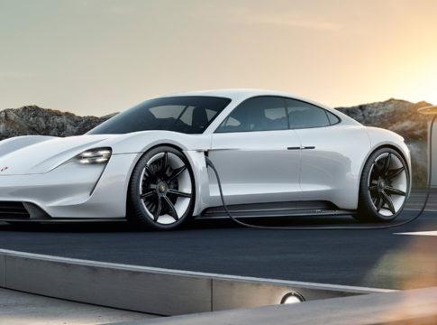 Porsche Taycan: i preordini sono 20 mila