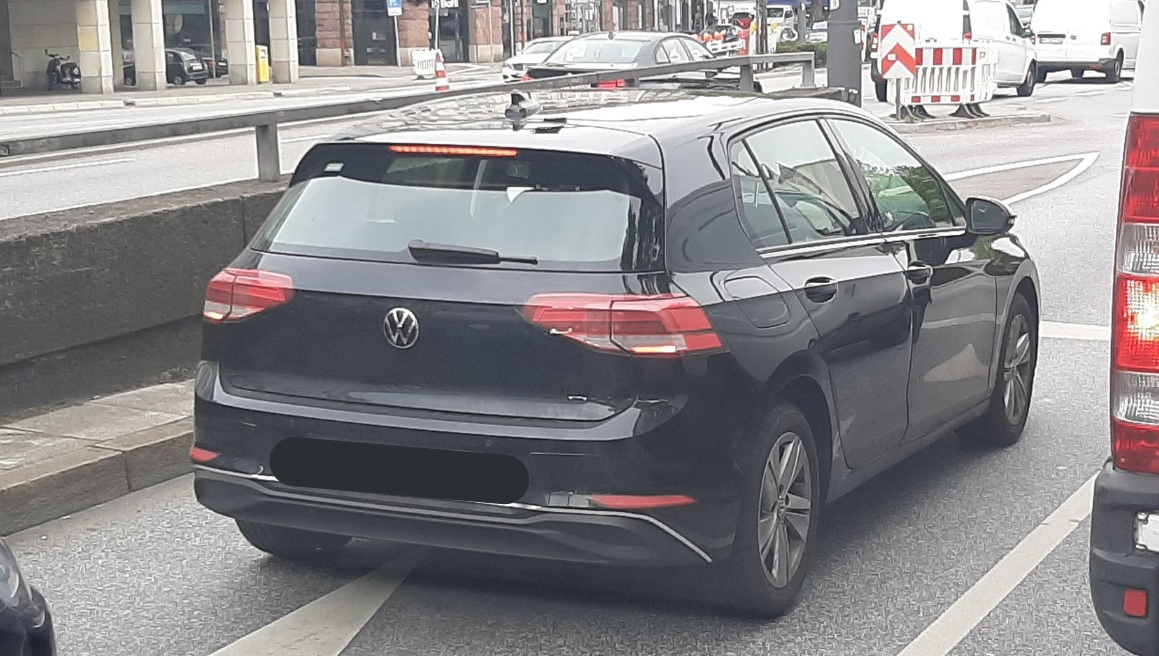 Volkswagen Golf 2019: i primi teaser dell'ottava serie!
