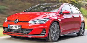Volkswagen Golf 2020: i primi teaser dell'ottava serie!