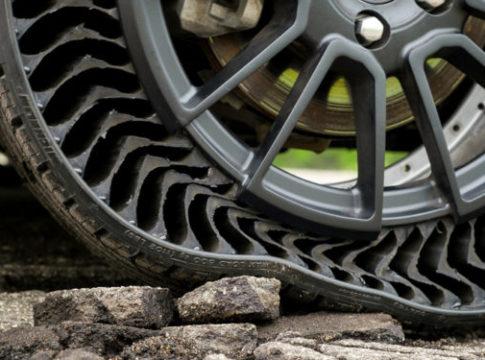 Uptis Michelin pneumatico senza aria