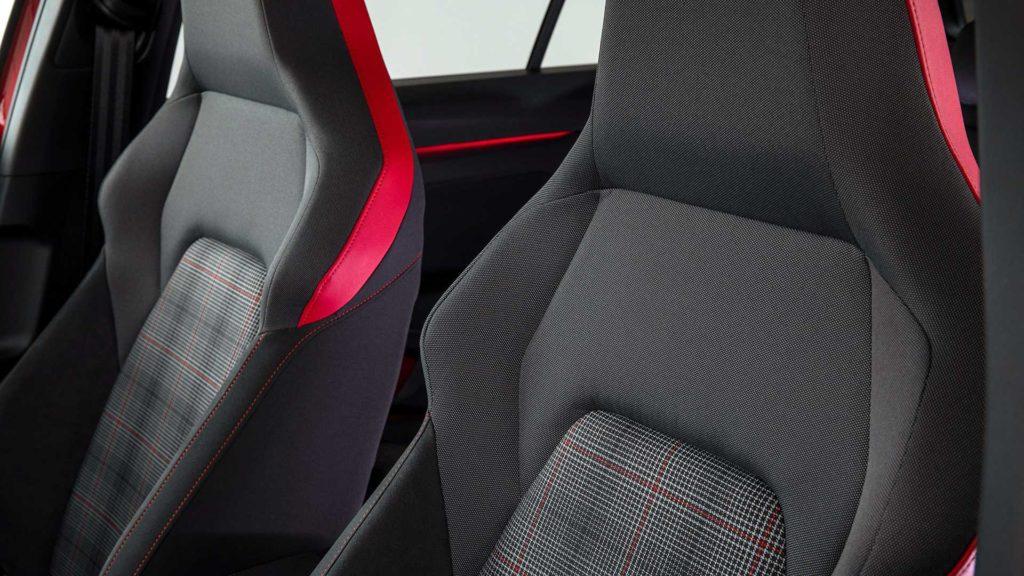 Volkswagen Golf GTI: dettaglio sedili sportivi