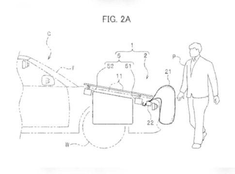 Honda: airbag esterno a difesa di pedoni e motociclisti, ecco i brevetti