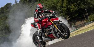 Nuova Ducati Streetfighter V4 2020, la follia formato naked