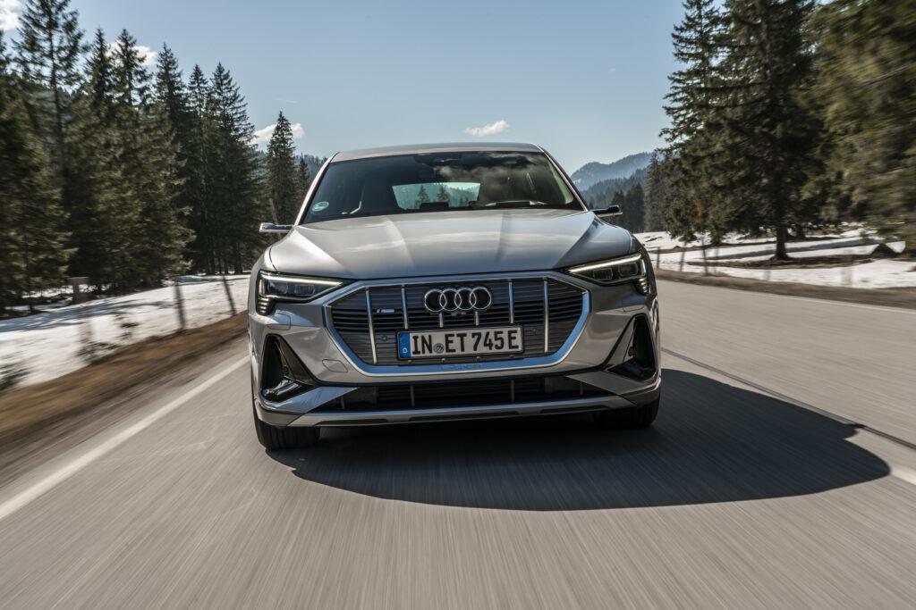 Frontale Audi e-tron Sportback