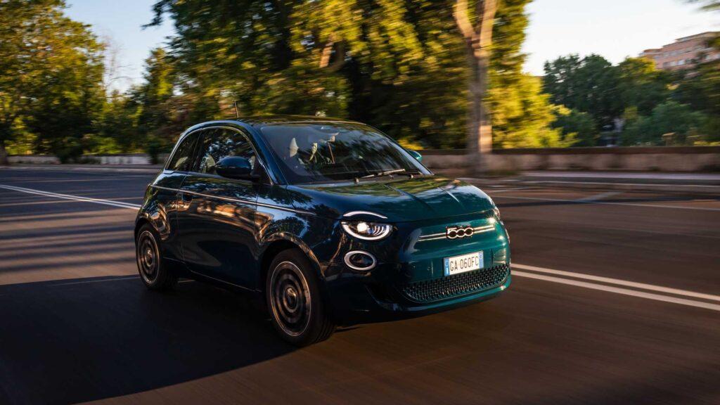 Nuova Fiat 500 elettrica berlina 2020