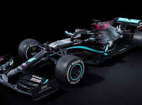 F1, Mercedes combatte il razzismo con una nuova livrea tutta nera