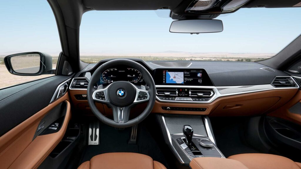 Interni della BMW Serie 4 2020