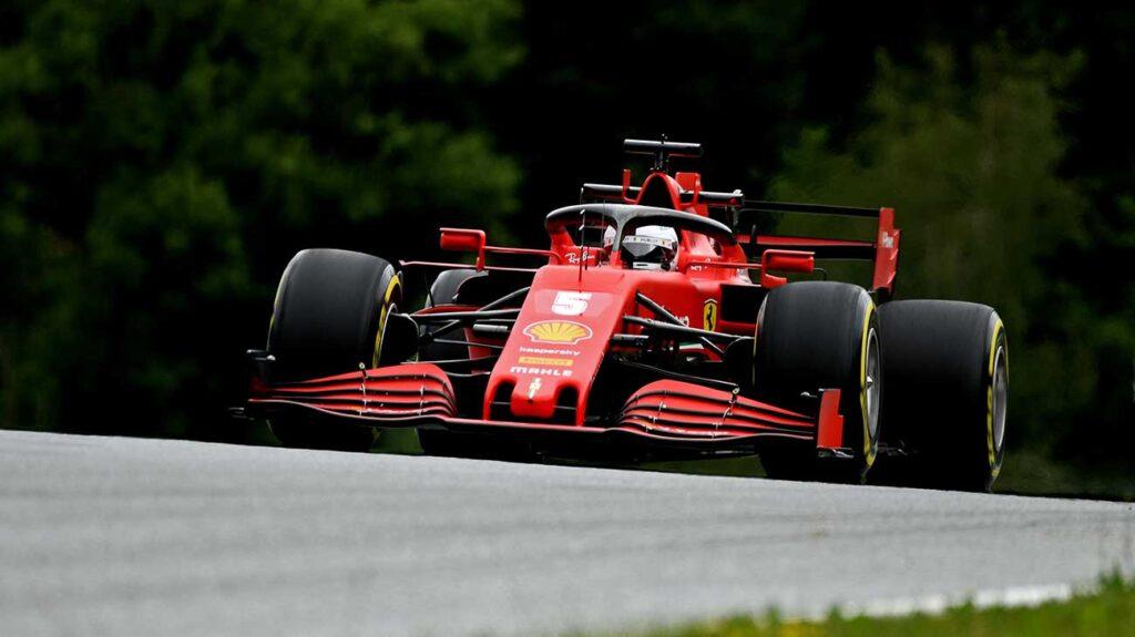 GP d'Austria 2020: Sebastian Vettel in azione con la Ferrari SF1000