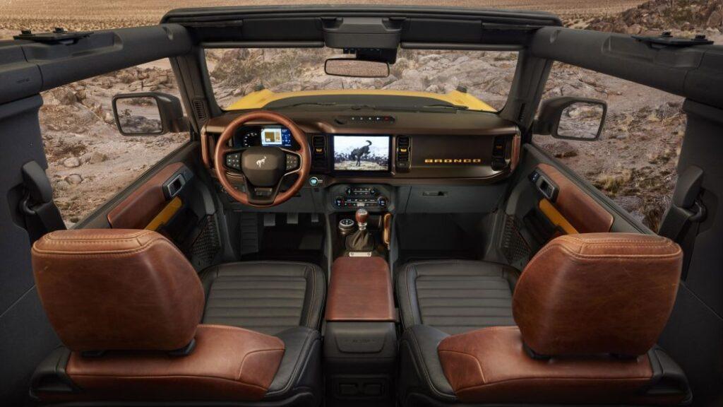 Gli interni della nuova Ford Bronco