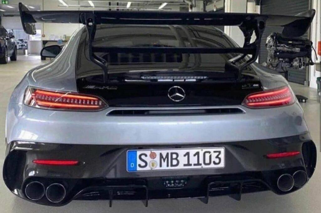 Mercedes AMG GT R Black Series