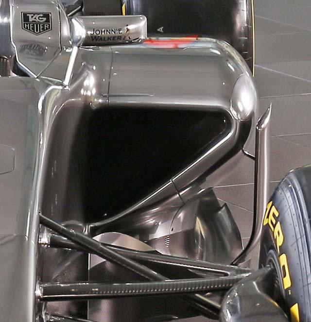 Pance laterali McLaren MP4-30