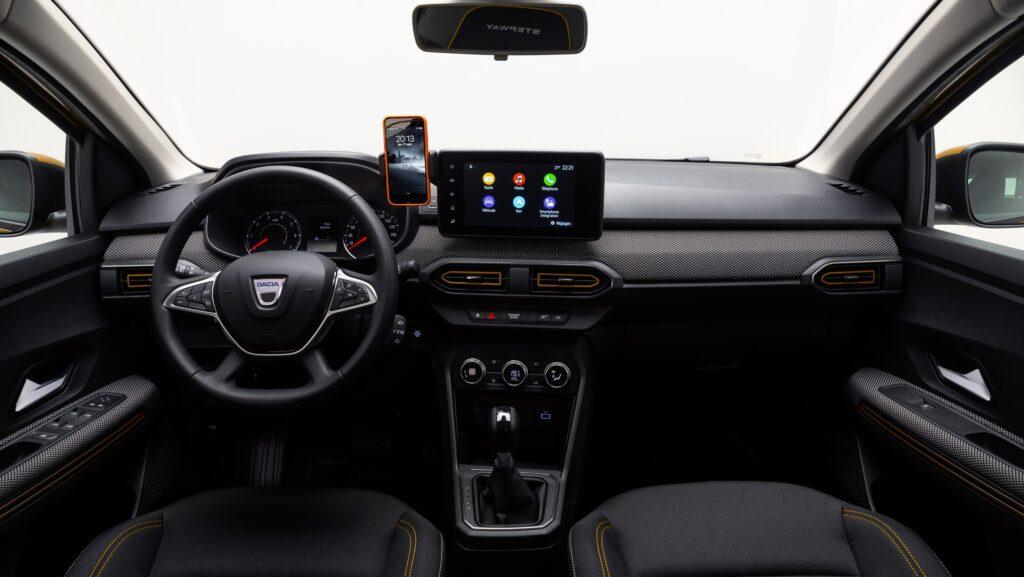 La plancia della nuova Dacia Sandero Stepway 2021