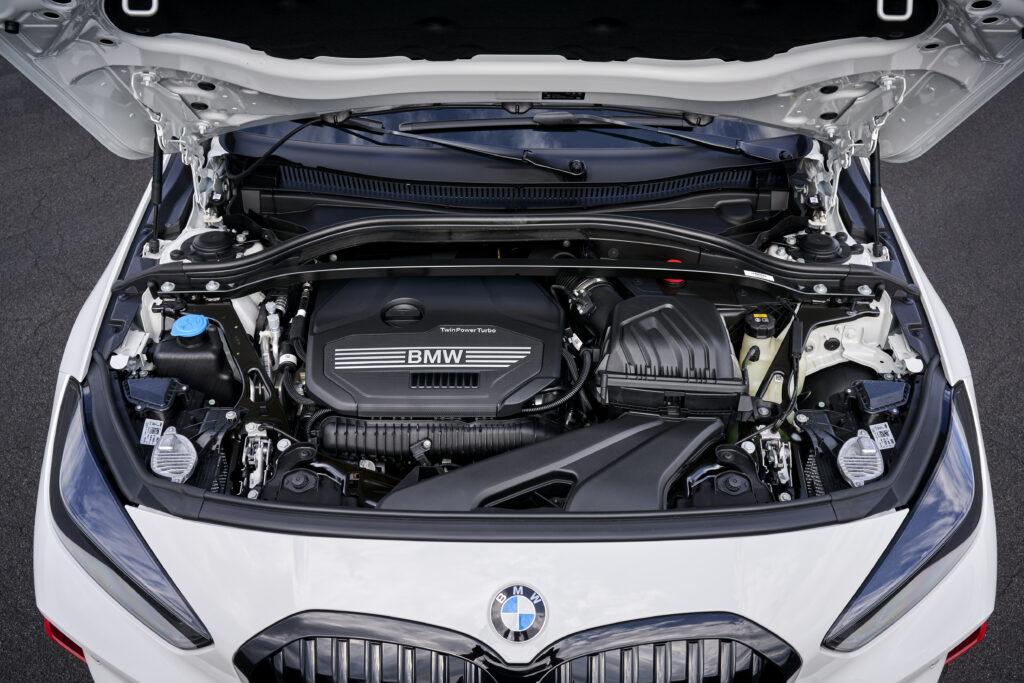 Il quattro cilindri della nuova BMW Serie 1 128ti
