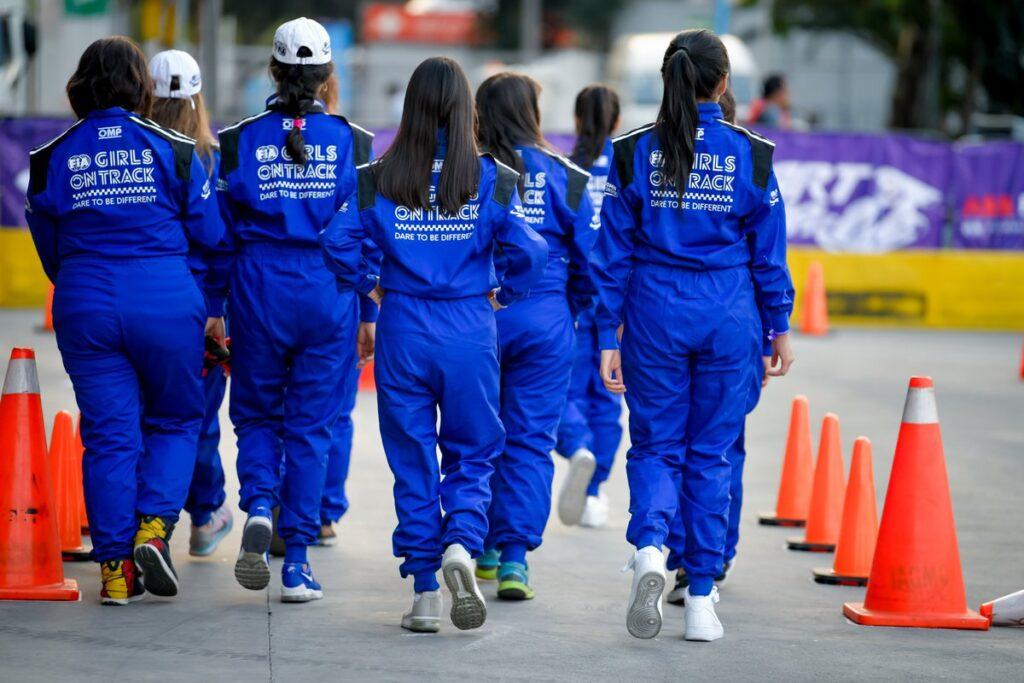 Ferrari e FIA girls on track, l'Academy piloti di Maranello apre alle donne