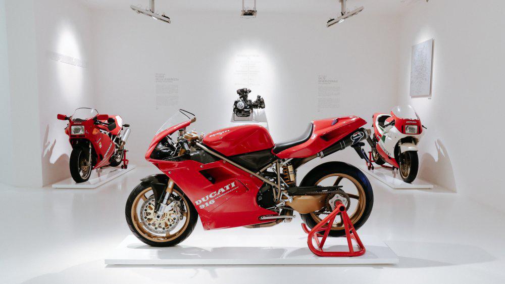 Ducati Panigale V4 SP, ritorna la Sport Production, fra storia e innovazione