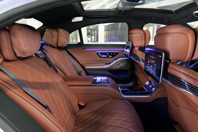 Nuova Mercedes-Benz Classe S 500 interni
