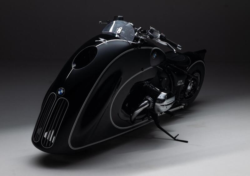 "BMW R18 custom ""Spirit of Passion"" di Kingston Custom"
