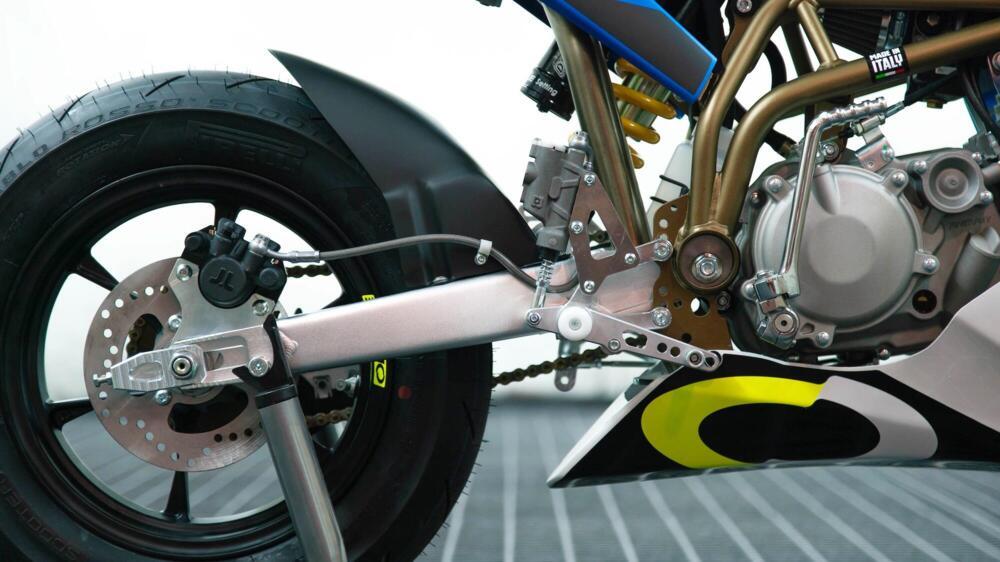 Nuova Ovhale GP-2 dettaglio freno posteriore