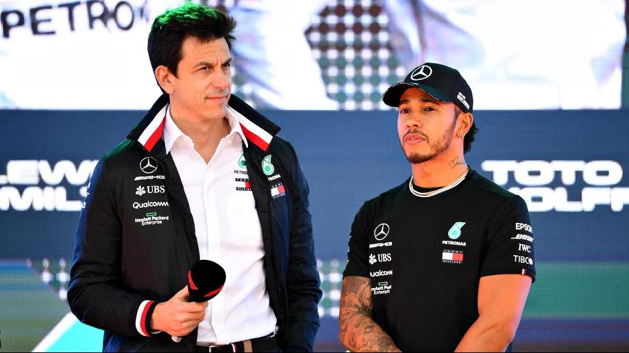 Lewis Hamilton rinnova con Mercedes