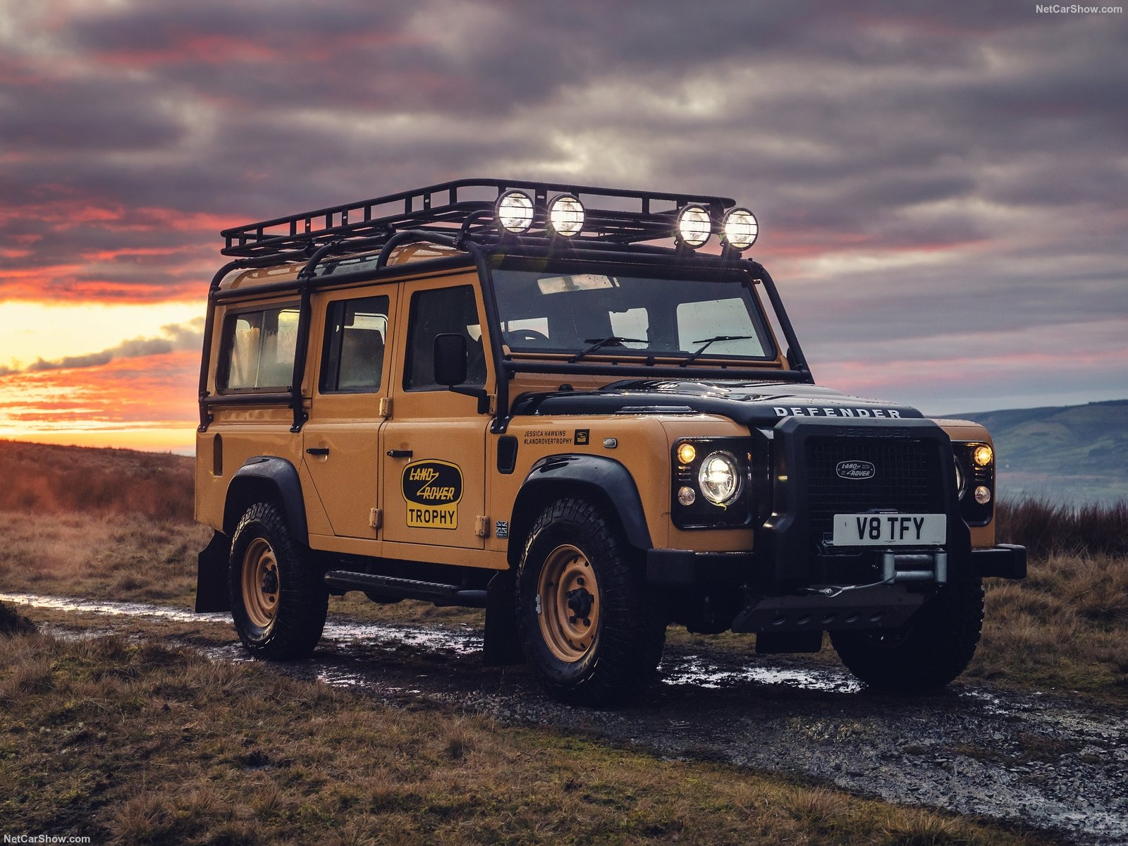 Serie Land Rover Defender limitata a 25 esemplari