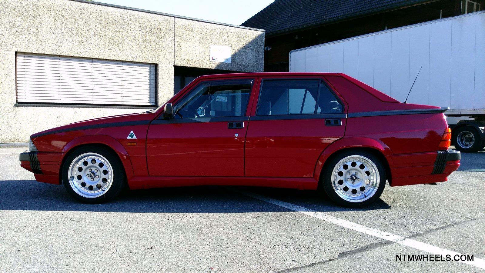Alfa Romeo 75. Crediti foto: ntmwheels.com