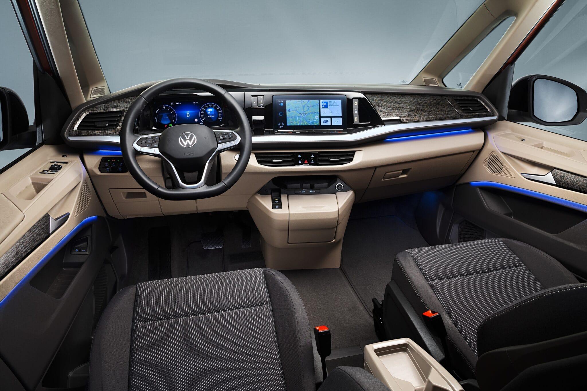 Gli interni della Volkswagen Multivan