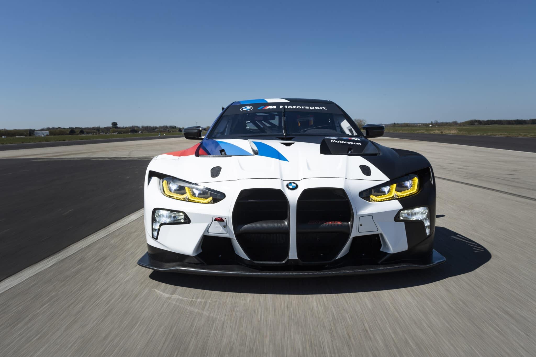 BMW M4 GT3: il frontale