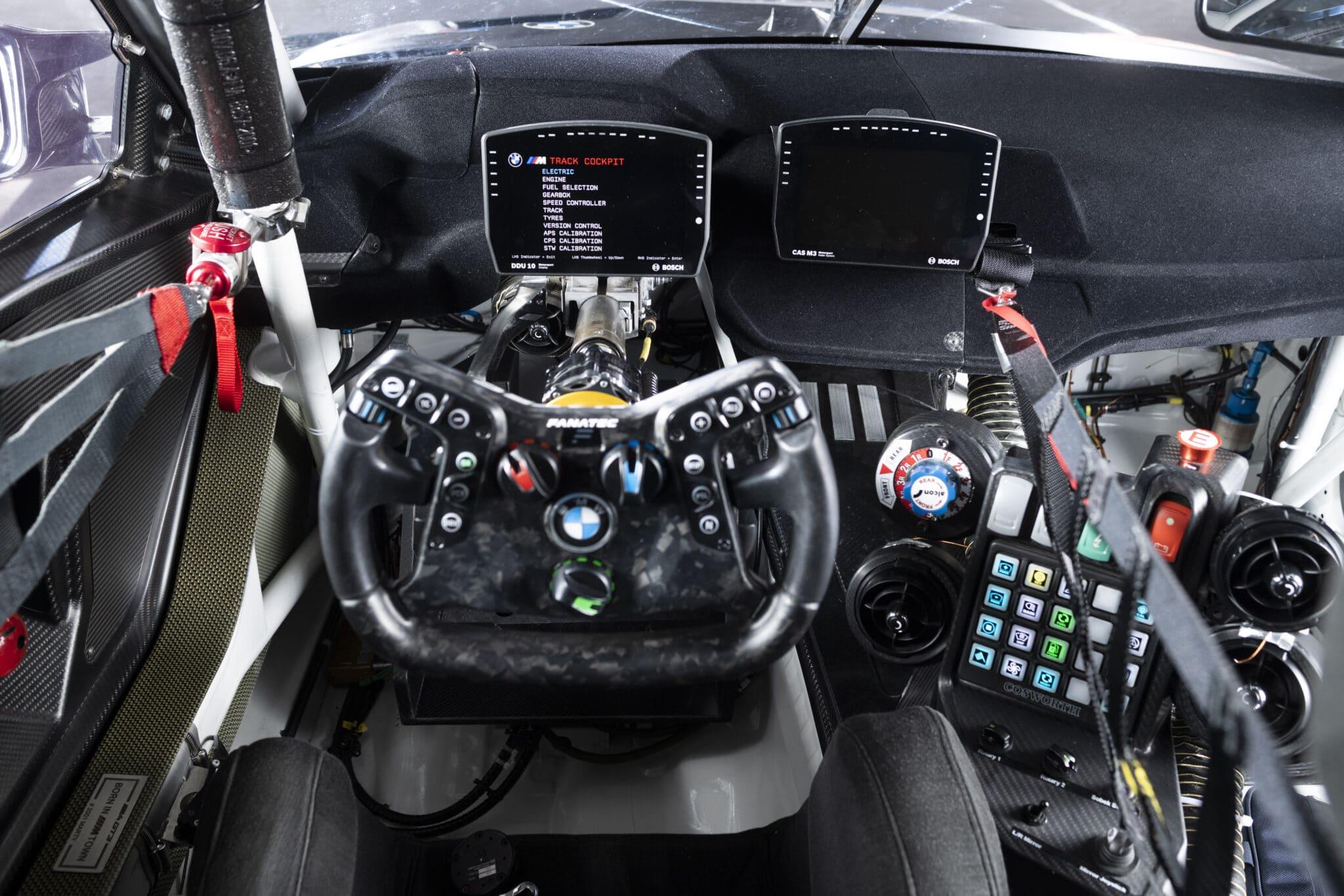 Il volante che può essere usato anche sui simulatori di guida