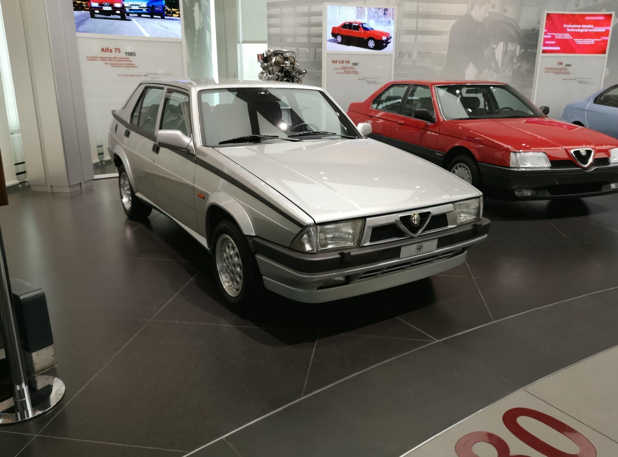 Alfa Romeo Twin Spark: la storia di uno dei motori più famosi al mondo