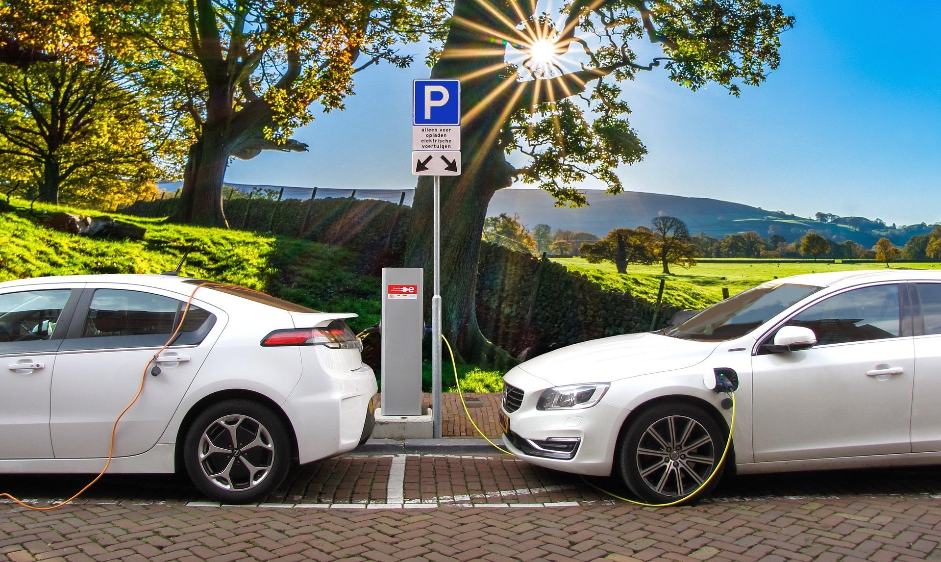 Ricarica delle auto elettriche: come cambierà nei prossimi anni?