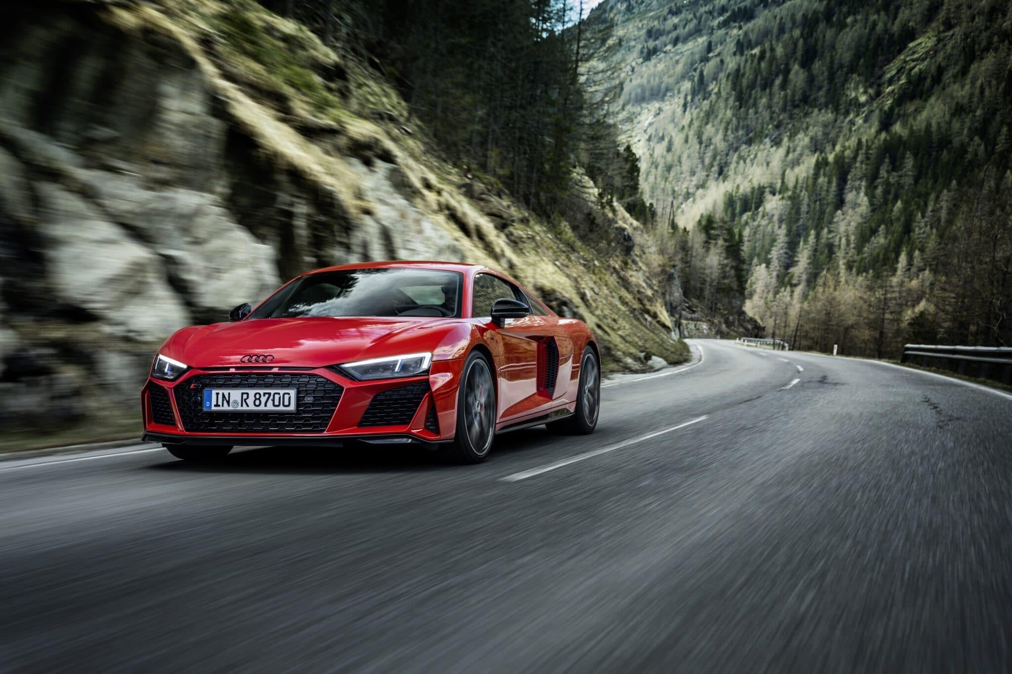 Audi R8 V10 Performance RWD: trazione posteriore e più potenza