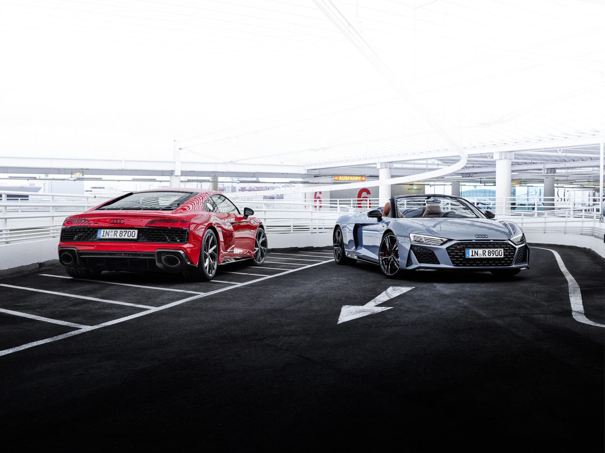 Audi R8 V10 Coupé e Spyder - Copyright foto: ufficio stampa Audi