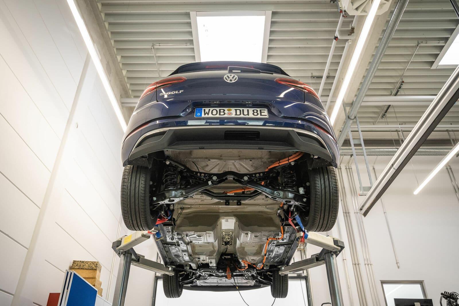 Auto elettriche: è possibile riparare le batterie?